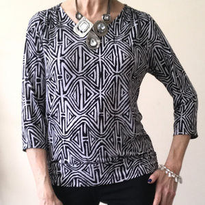 CHICO'S Travelers Black & White Blouse